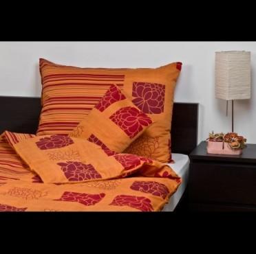 Virágos színű ágynemű garnitúra