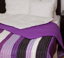 Naturtex Taft ágytakaró lilla fehér fekete csíkos színben