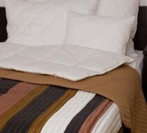 Naturtex Taft ágytakaró fehér barna fekete csíkos színben